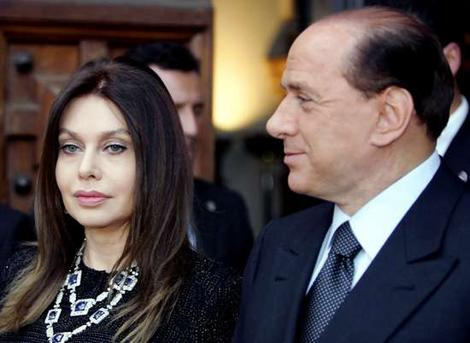 Svberlusconi_wideweb__470x3430